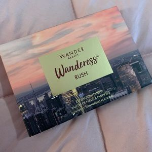Wanderess Eyeshadow Pallet